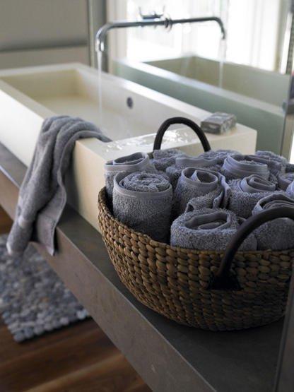 Organiza el bao con cestas