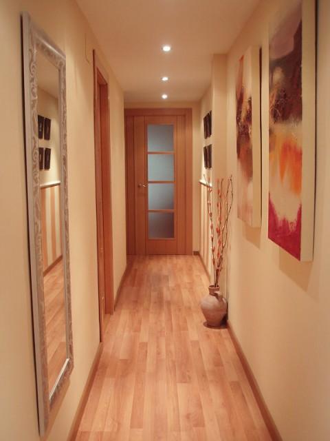 A decorar los pasillos