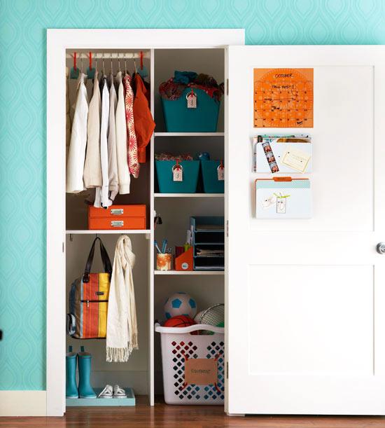 Organiza el armario del recibidor