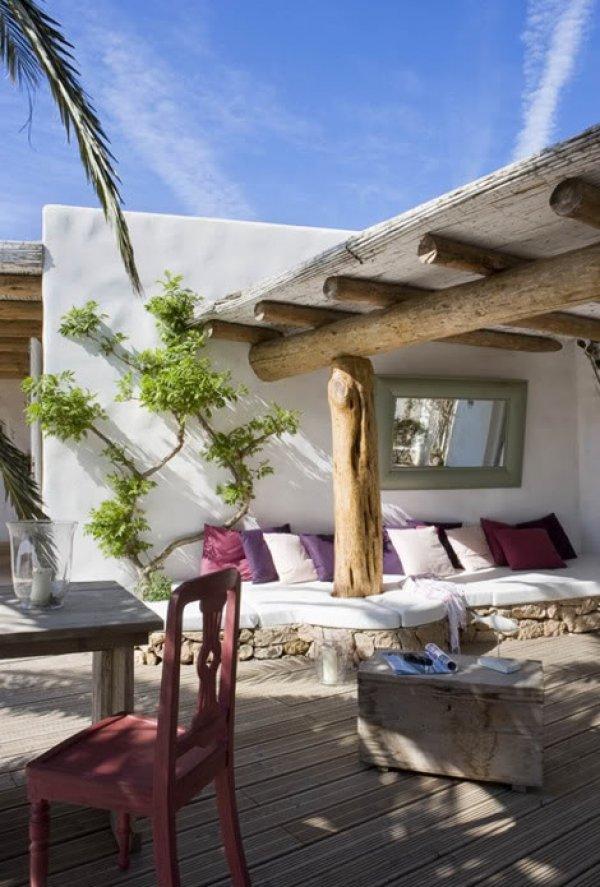 Salones y patios en estilo mediterrneo