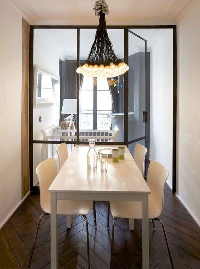 Separa ambientes con mamparas y paneles acristalados