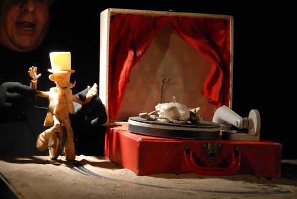 Uma jornada Ubus Theatre / Crédito Martin Genest 10