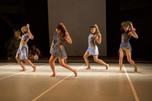 Concepção e direção de Carmen Luz; Cia Étnica de Dança; Teatro Cacilda Becker, RJ; 21 a 31/05/2015