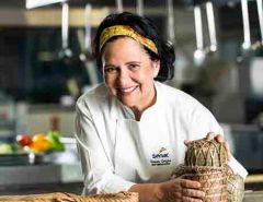 Chef Embaixadora do Senac RJ e especialista em Cozinha Brasileira, Teresa Corção
