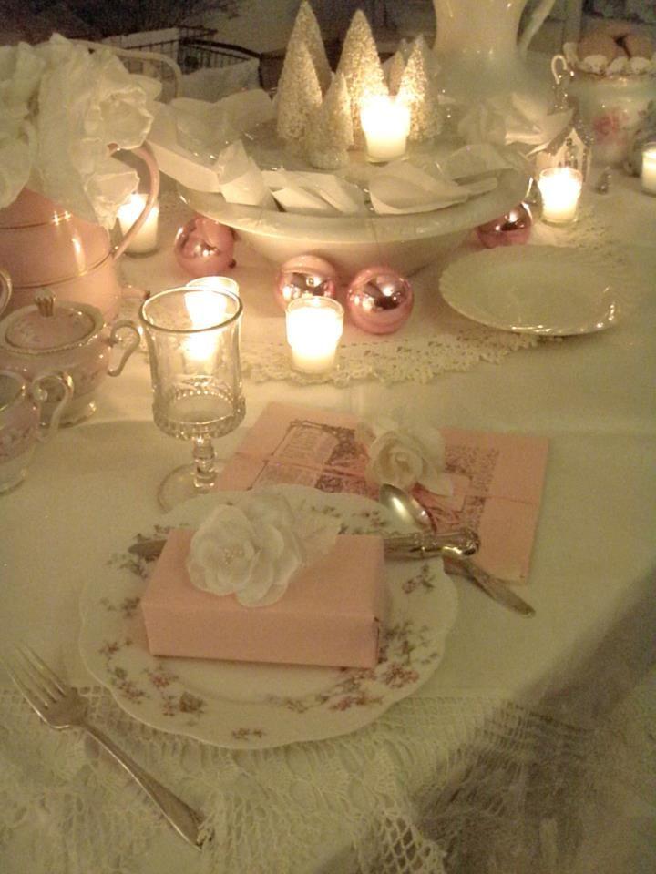 Blu Tiffany e rosa per una tavola di Natale super chic  GuidaCateringit