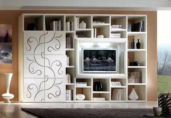 I pezzi di arredo devono creare un'ambientazione di fascino e accoglienza in casa: Pareti Attrezzate