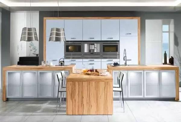Materiali dei mobili della cucina come sceglierli