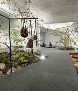 Amore per la natura: lo Showroom immerso nel verde