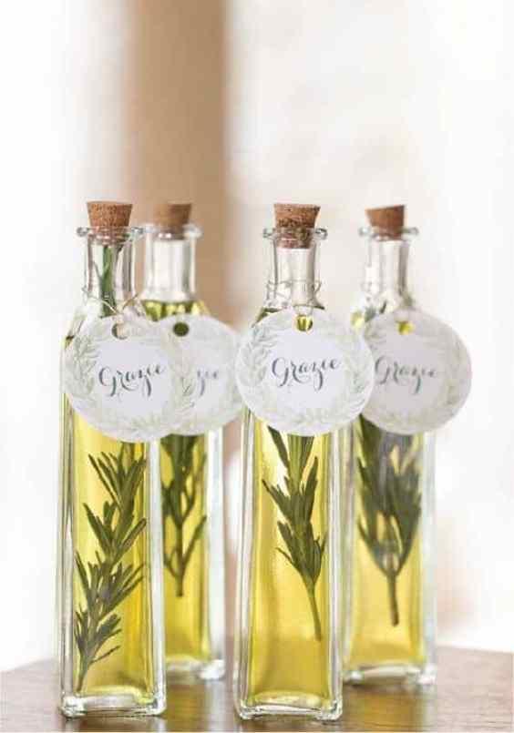 Olio aromatizzato alle erbe
