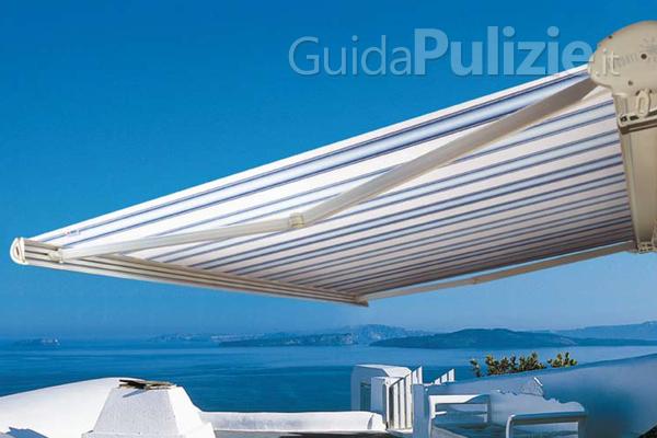 La tecnica per lavare la tenda da sole è meno complessa di quanto pensi: Come Pulire Le Tende Da Sole Guidapulizie It
