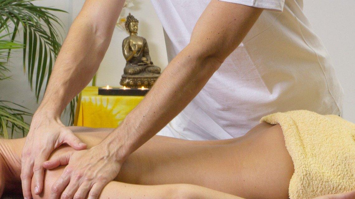 Massage relaxant: quelles sont les bonnes huiles bio à utiliser?