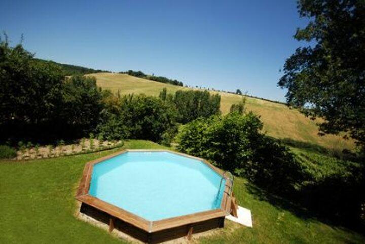 les piscines en bois octogonales
