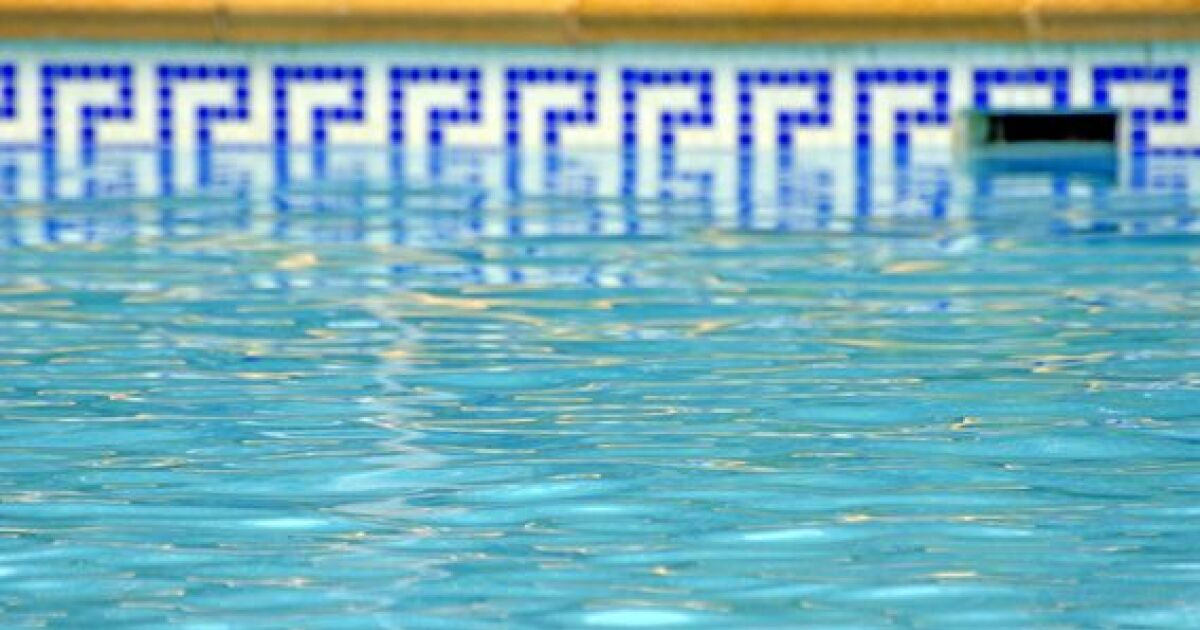 Une frise dcorative pour votre piscine