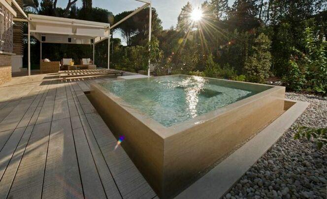 Piscine hors sol beton  Vacances  Arts Guides Voyages
