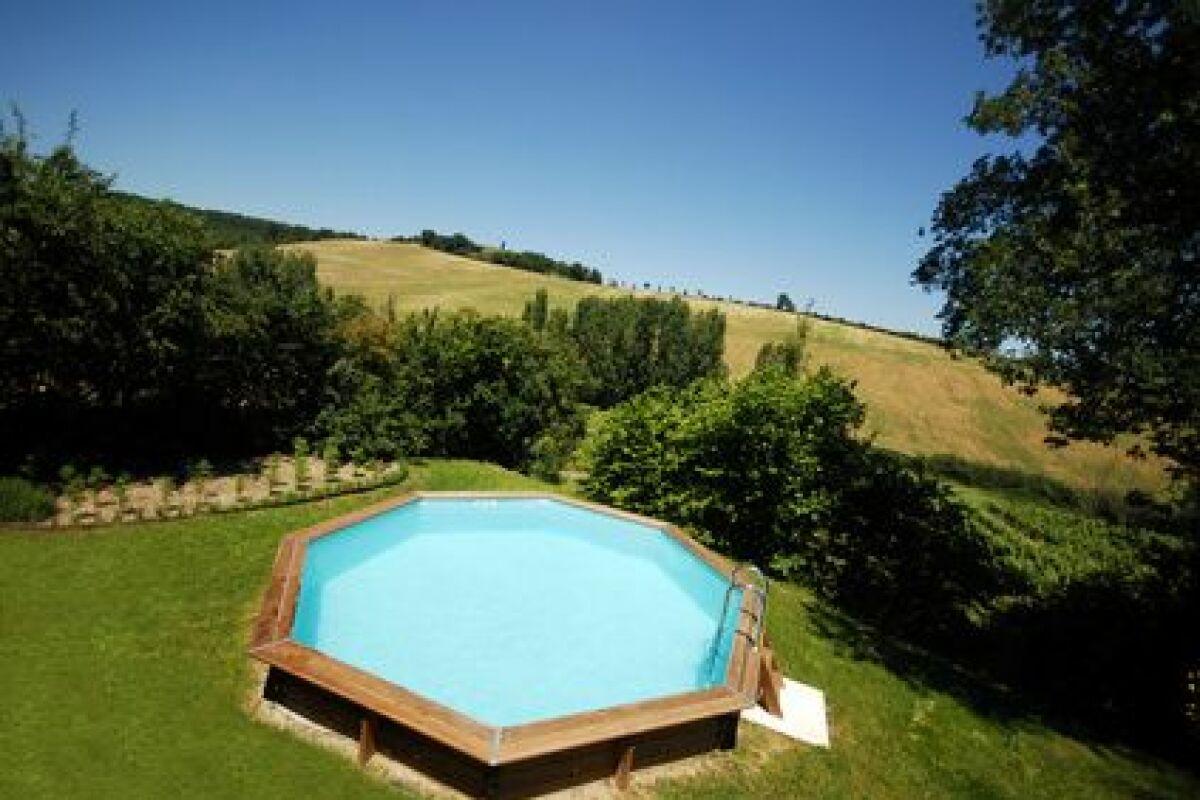 achetez une piscine en bois en solde