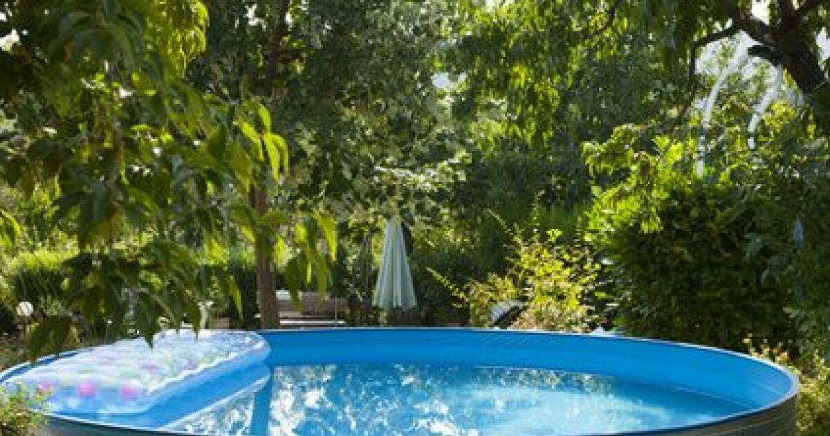 Habillage et amnagement dune piscine horssol