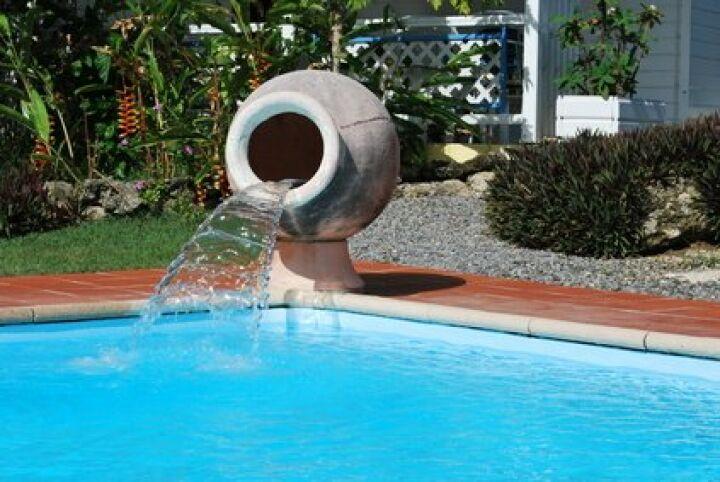 une fontaine dans votre piscine guide