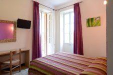 Petit hôtel de charme, situé à la sortie de Porto en direction de Calvi.
