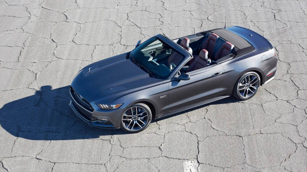 Ford Mustang Cabriolet Magnetic Grey