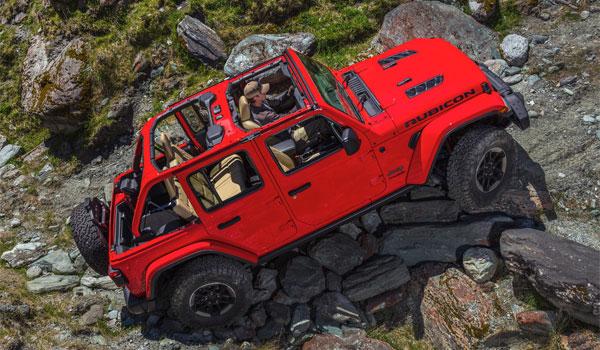 Jeep Rubicon Climbing Rocks