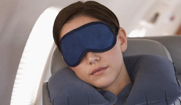 nakkepude og sovemaske