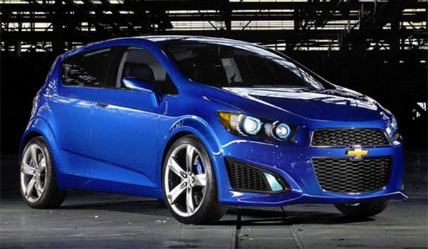 Chevrolet Sonic RS 2015