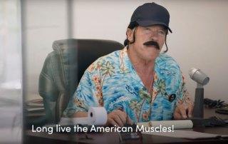 Arnold Schwarzenegger som bilsælger
