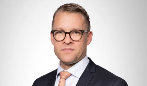 Jakob Riis Falck direktør