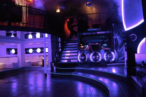 Le Number One Discotheque Fontanil