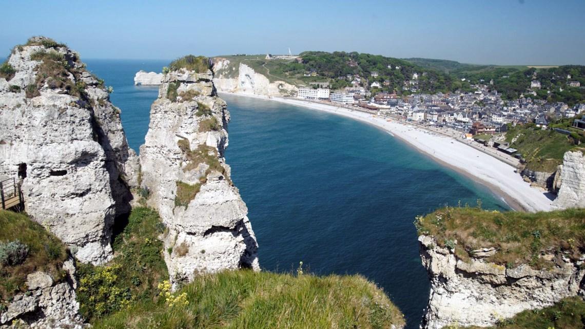 Etretat en Normandie, les falaises