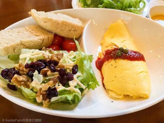 台北-旅遊-去處-自由行-微熱山丘-民生社區-漫步-咖啡-美食-景點-旅行-台北-咖啡-旅遊-去處-cafe ballet-歐姆蛋-加拿大鮭魚蛋捲-omlet-egg-芭蕾咖啡-微熱山丘-景點-必吃