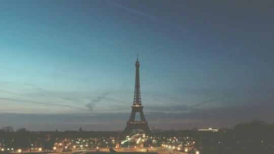 Une escale à Paris