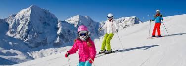 Comment choisir la bonne station de ski pour vos vacances en famille?