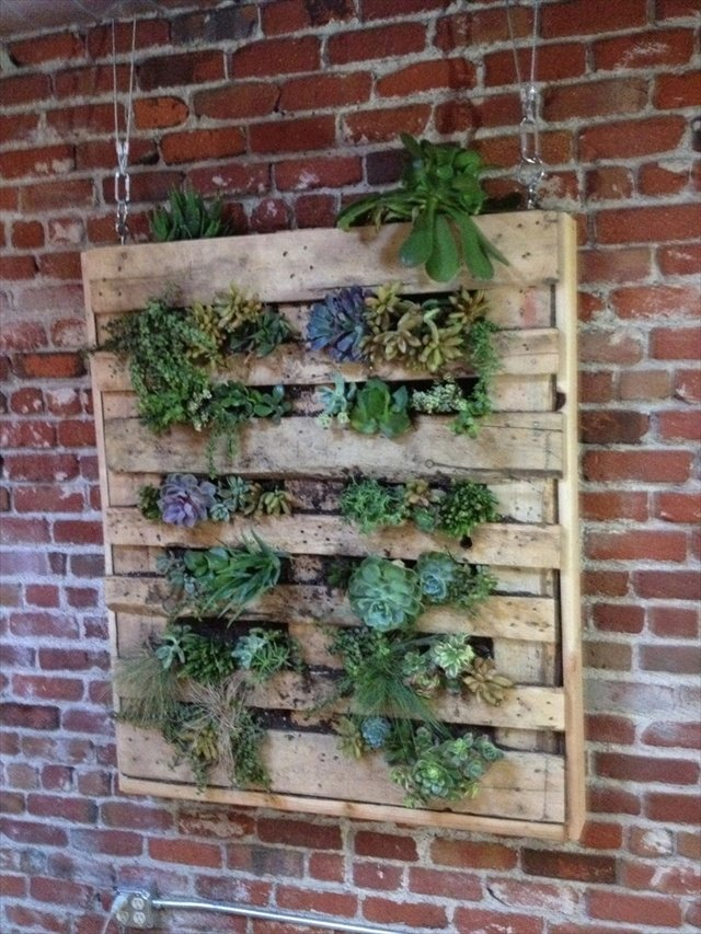 25 Easy DIY Plans and Ideas for Making a Wood Pallet Planter  Guide Patterns