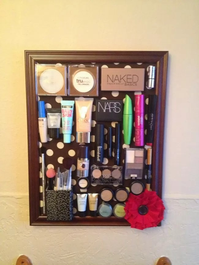 14 DIY Magnetic Makeup Board Tutorials