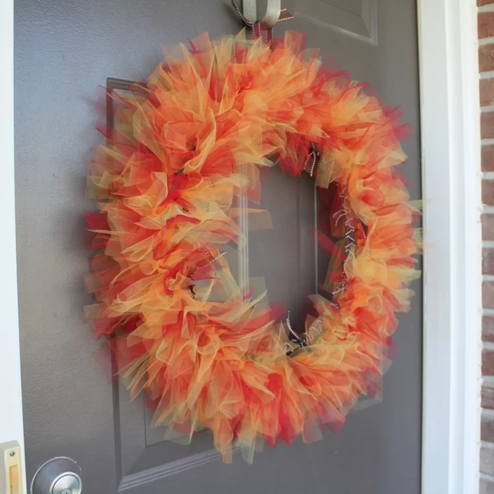 How To Make A Tulle Wreath On Wire Frame Viewframes