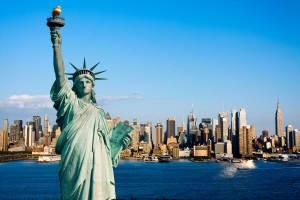 new-york-statua-della-liberta-small-Dollarphotoclub