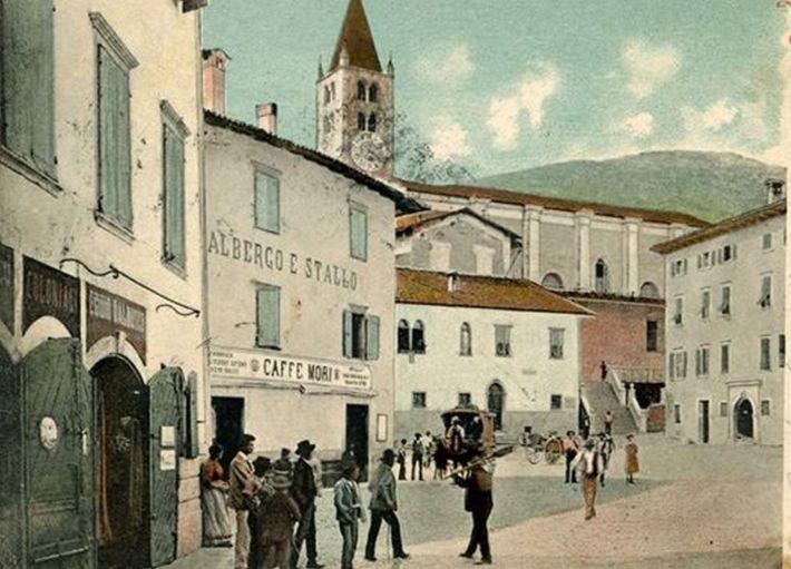 piazza mori 2