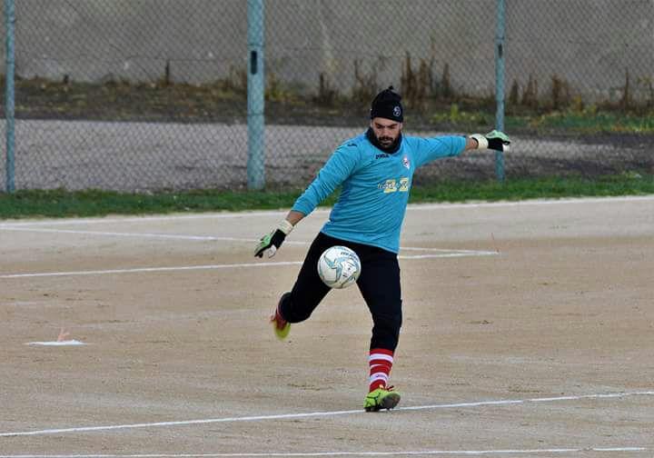 Calcio 2a Categoria F. Il numero uno del Solarussa Roberto Soro fa le carte del campionato