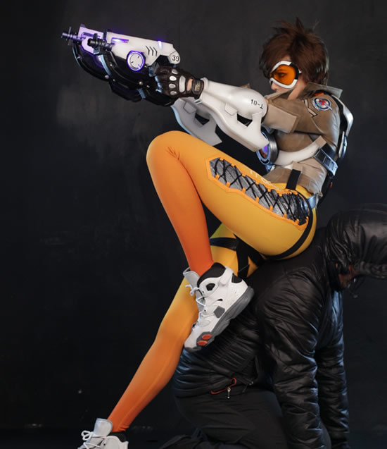 tracer cosplay pre 3