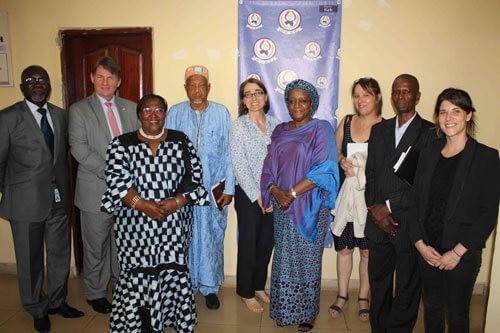 Guinée : La FIDH, l'OGDH et l'AVIPA reçoivent la Représentante spéciale du Secrétaire général des Nations Unies et la Sous-secrétaire d'Etat aux droits de l'Homme des Etats-Unis