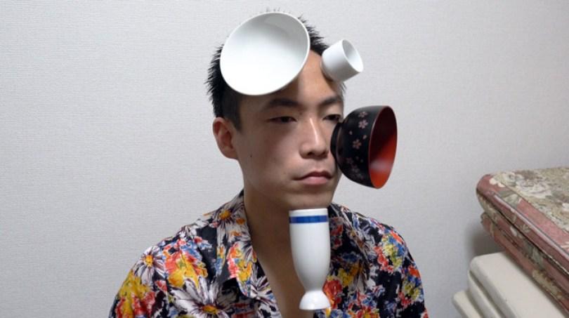 MostCansHead 2 tcm28 615045 - Japonês gruda latas de bebida na cabeça