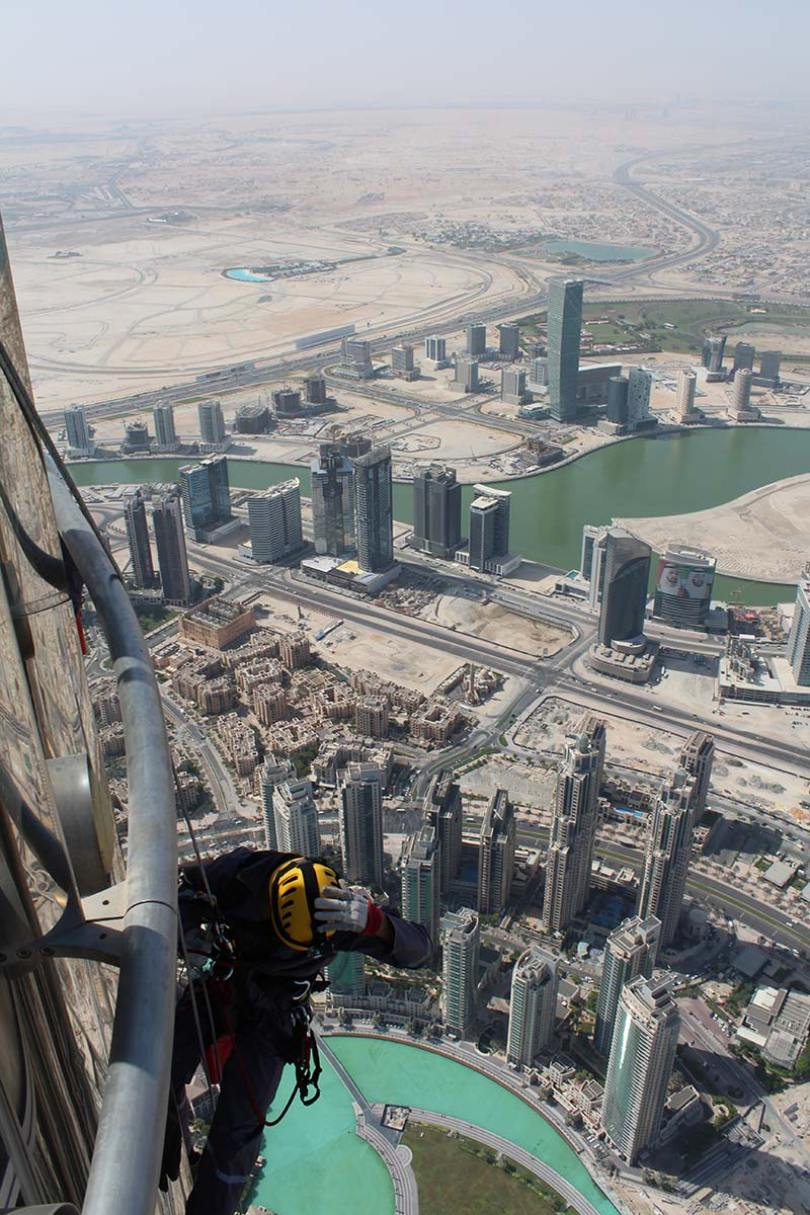 Burj climb large tcm25 475752 - Burj Khalifa: o edifício mais alto do mundo em Dubai