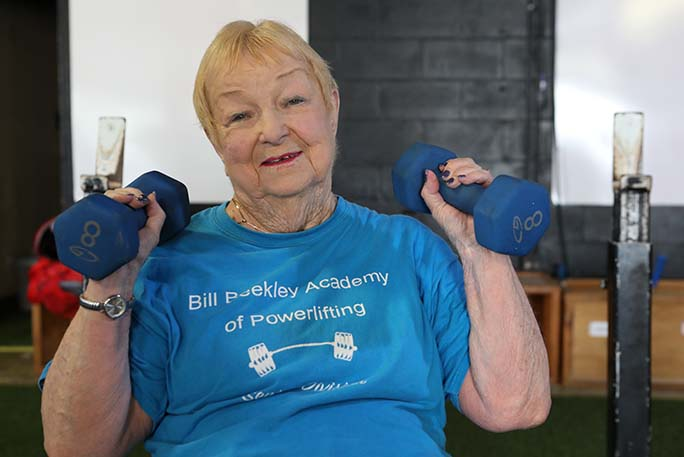 Oldest-competitve-powerlifter-edith-murway-traina-lifts-two-weight
