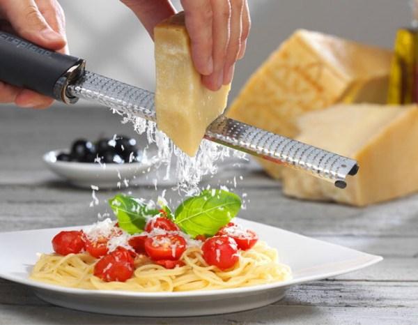 rallador-zester-microplane-queso