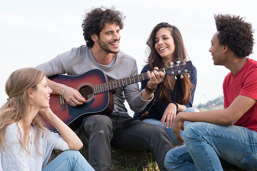 Guitar Player Box Easy Guitar Songs For Guitar Beginners
