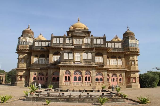 Vijay Vilas Palace, Shooting of Hum Dil De Chuke Sanam, Mandvi