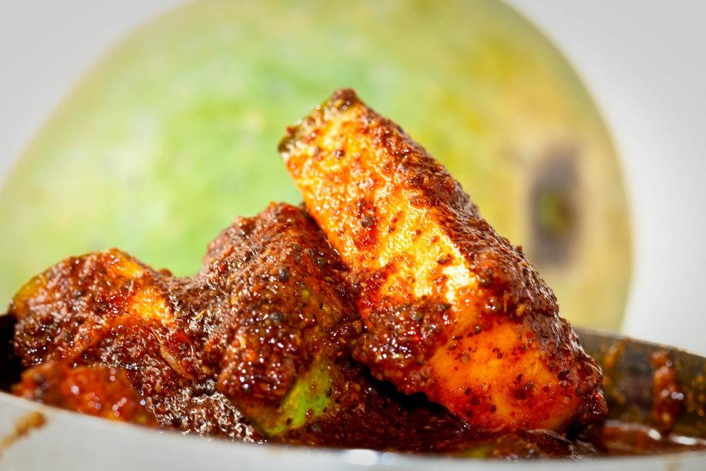 Mango Fenugreek Pickle (Keri Methi nu Athanu)