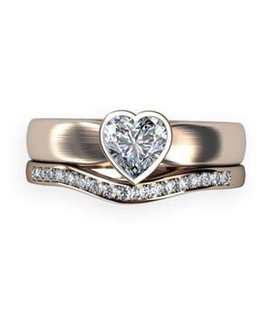 egen design av ring med hjärta