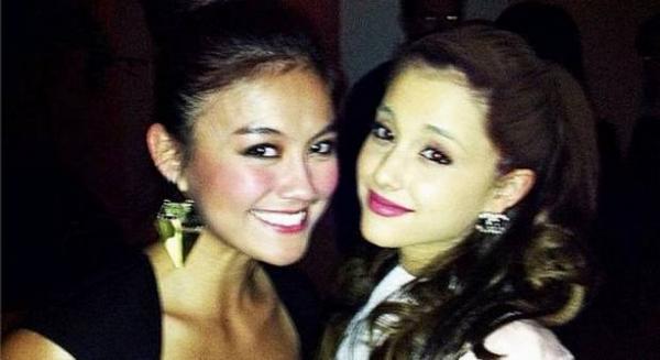 Prestasi Agnez Mo Selfie Bareng Ariana Grande